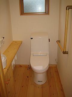 木材(パイン)を使用したナチュラル健康木造住宅