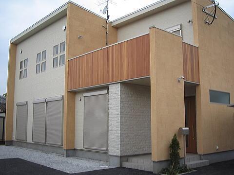 キューブ型モダン住宅